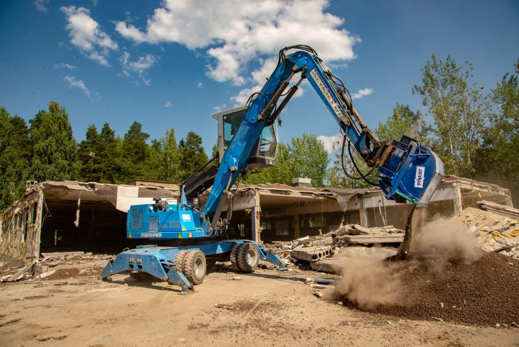 HRVB Hydraulinen kierrätyskauha on nopea ja kustannustehokas tapa siivota rakennus- ja purkutyömaita.