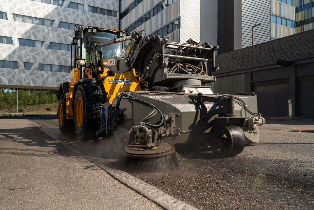 This new HPW pump model, HPW 160/18-18 is especially meant for dust control applications. It can be used for example for street sweeper dust control and for dust suppression of small pulverizers and drilling rigs.